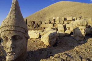 Nemrut Dağı Kralları