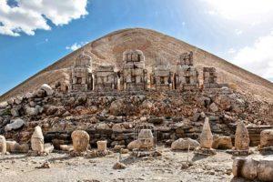 Nemrut Dağı Tümülüsü Fotoğrafı