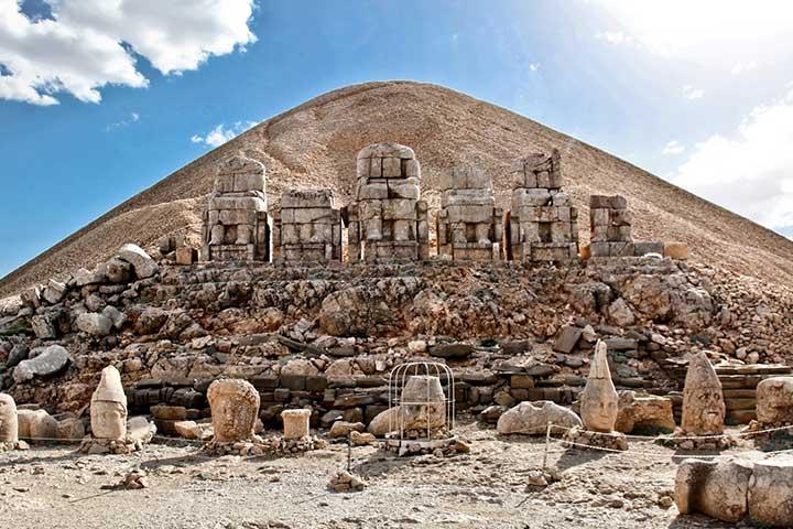 Nemrut Dağı Milli Parkı  Kahta, Adıyaman